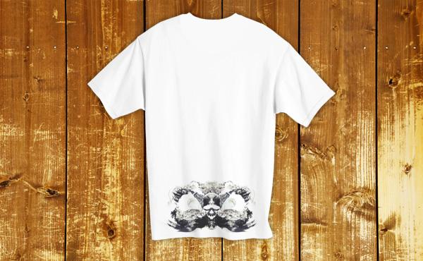裾にプリントしたTシャツを作成する